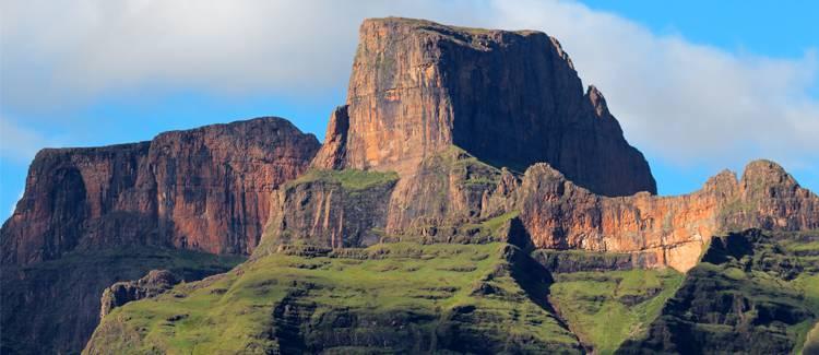 muntii drakensberg africa de sud